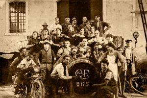 La famiglia Cavalli e le maestranze, 1930